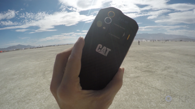 Cat S60 in Desert