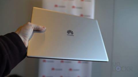 Huawei Matebook X Pro in Hand