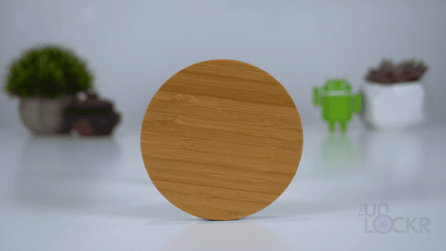Wooden Qi Charging Disk Upright