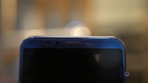 Honor View10 Front Camera