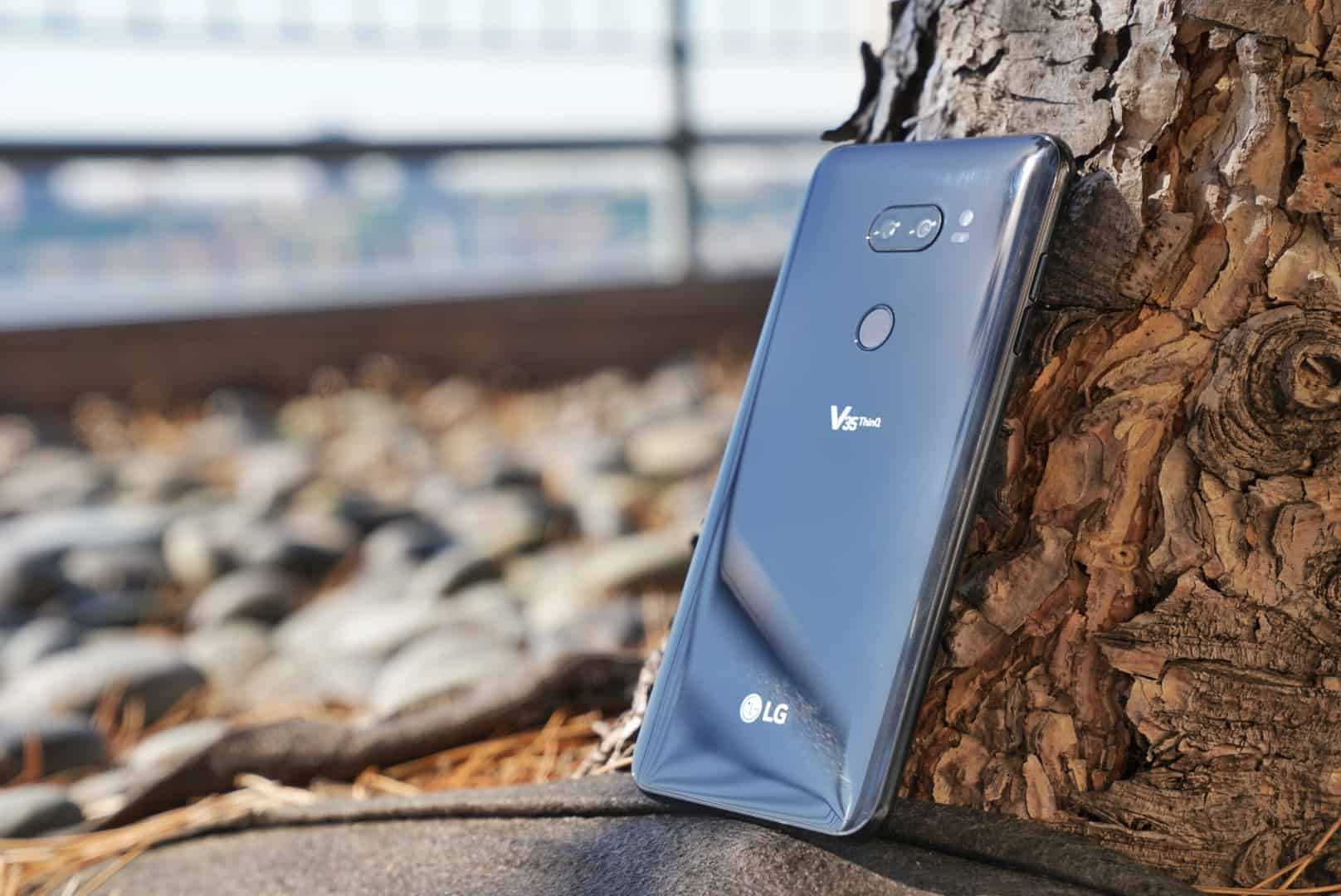 The LG V35 Specs in an Easy-to-Read List