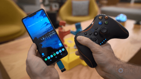 Android Phone with Controller