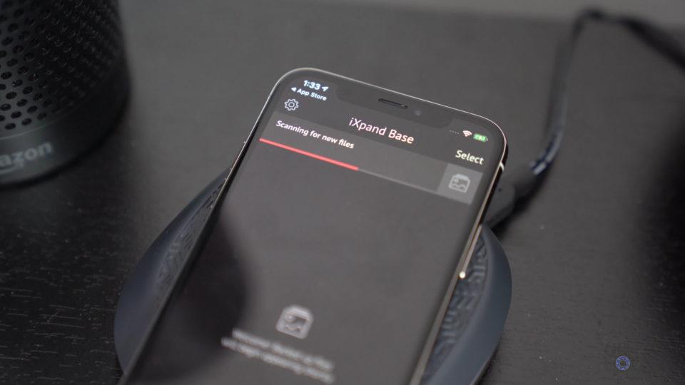 iPhone on iXpand Base